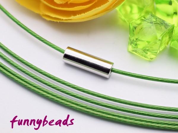 1 Halsreifen Edelstahl grün 1 mm mit glattem Drehverschluss