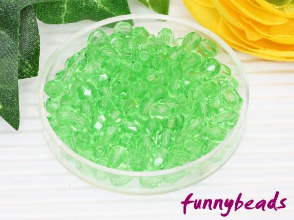 100 Glasschliffperlen light green 4 mm