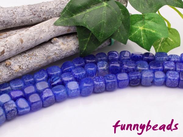 Achat Würfel 6,5 mm blau gefärbt poliert Halbstrang