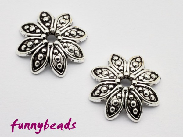 Perlenkappe Blütenform antiksilber 15 mm