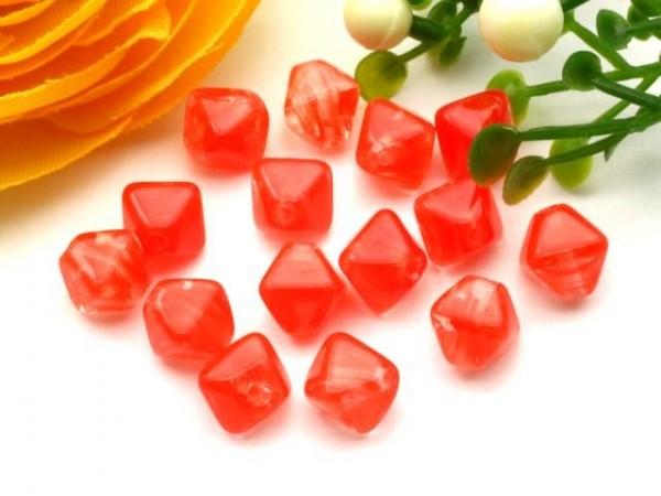 40 Glasperlen Doppelpyramide rot kristall 6 mm