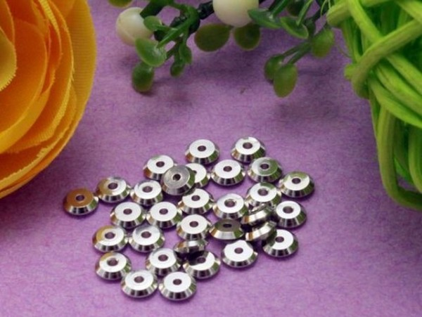 40 Spacer Metall Scheiben platinfarben 4 mm